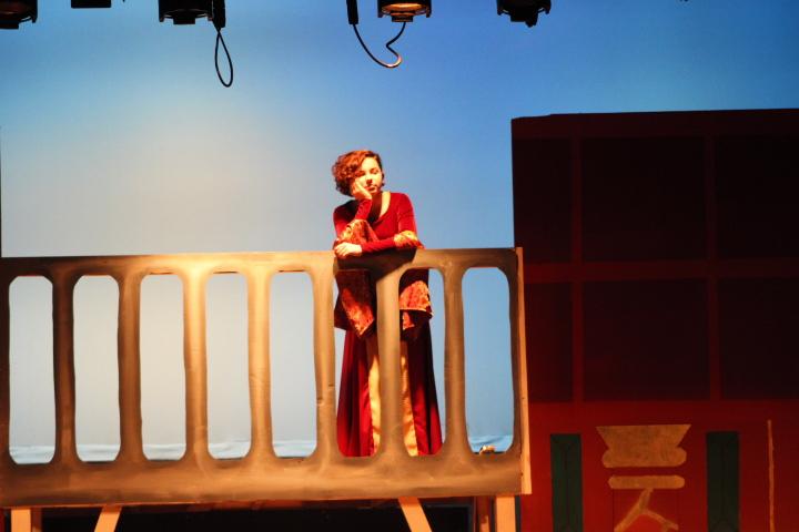 Grace Ozello acts as Juliet.